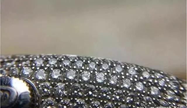 怎么判断手表是原钻还是后镶钻